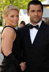 Kelly Ripa and Mark Consuleos