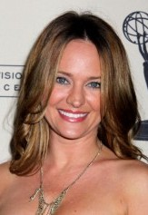 ... Sharon (Sharon Case) learns the news of Phyllis (Michelle Stafford) and ...
