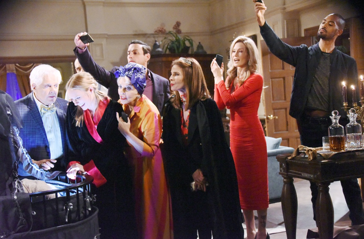 days of our lives: special halloween episode on tap with some very