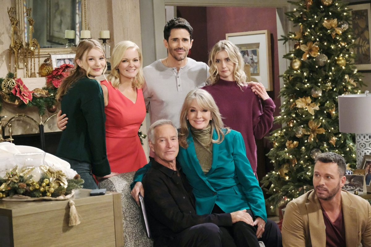 Christmas Day 2021 Days Of Our Lives Report Days Of Our Lives Renewal Update Sony And Nbc In Talks Insiders Optimistic While Show Pauses Production Michael Fairman Tv