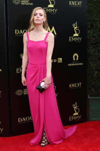 Eventual Daytime Emmy-winner, GH's Chloe Lanier (Nelle) stunning in red.