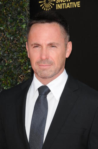 Making hearts-go-a-flutter, GH's William deVry (Julian).