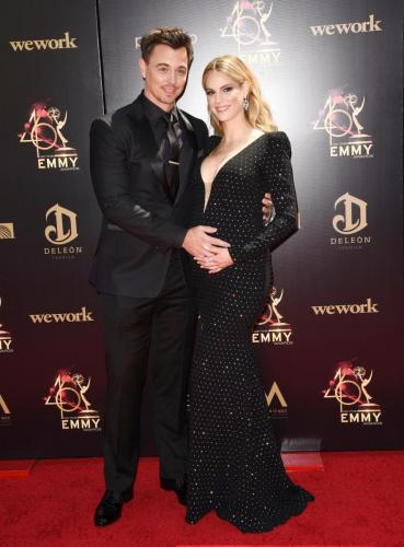 Baby on the way for Y&R's Kelly Kruger and B&B's Darin Brooks.