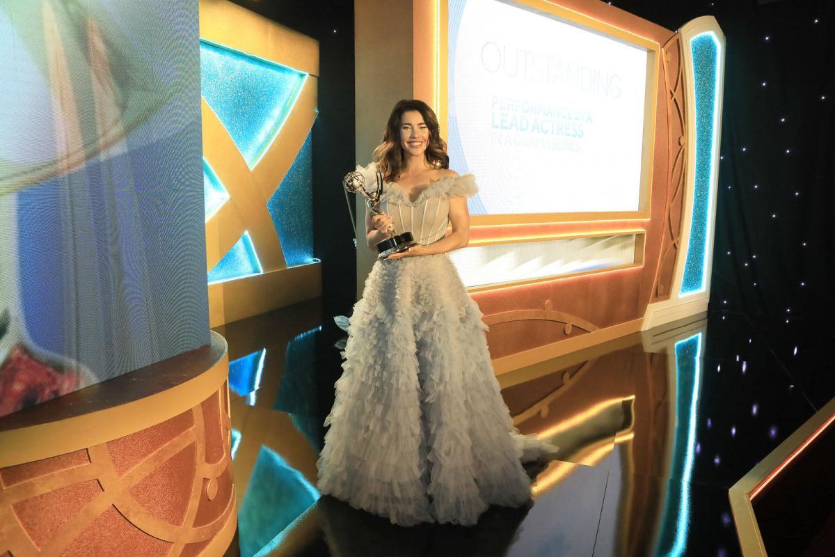 B&B's Jacqueline MacInnes Wood wins Lead Actress in a Drama Series