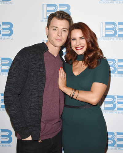 Real life love-birds, GH's Chad Duell and B&B's Courtney Hope.