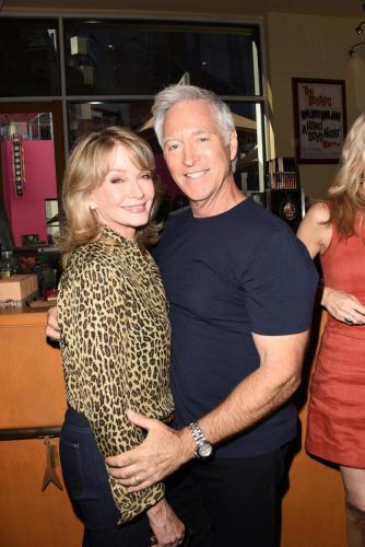 Jarlena! The fab Deidre Hall and Drake Hogestyn.
