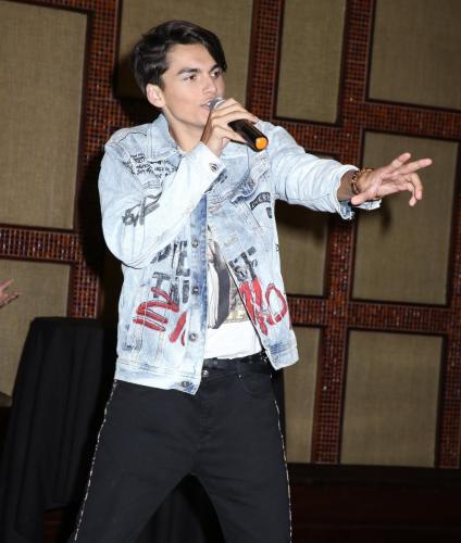 Ashton Arbab performed at Karoke night.