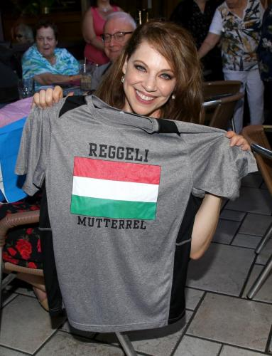 At Kathleen Gati's event, she received a very special t-shirt for Liesl Obrecht!