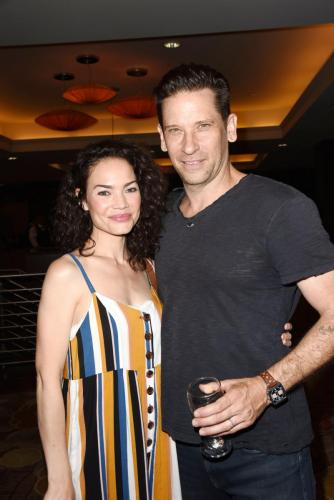 It's Friz! Rebecca Herbst made a vrare appearance at the GHFCW. here with Roger Howarth/