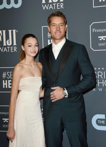 Justin Hartley took his daughter Isabella to the Critics Choice Awards where he was nominated for Supporting Actor for 'This Is Us'.